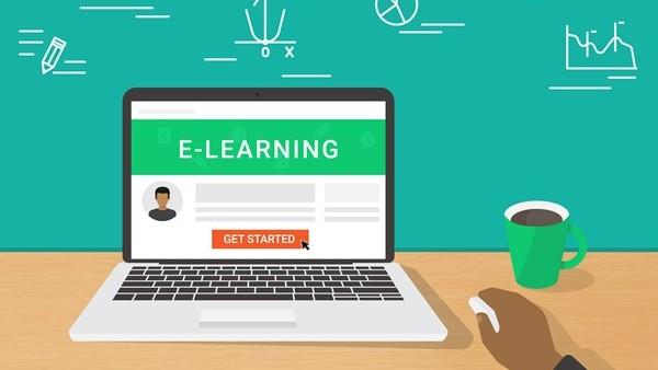 E-LEARNING SEBAGAI ALTERNATIF INOVASI PENDIDIKAN MENUJU GENERASI EMAS INDONESIA 2045